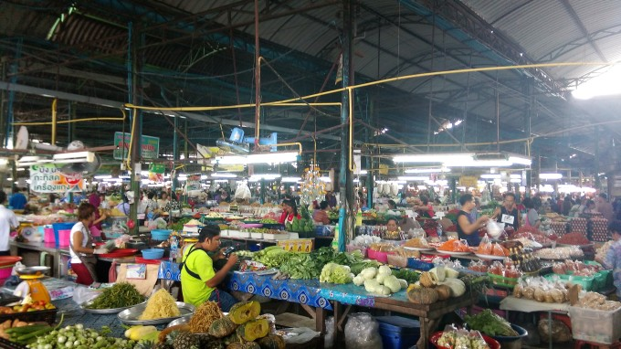 thai-market-travel-food-interesting